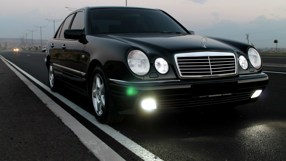 mercedes benz e class the best or nothing sold drive2. Black Bedroom Furniture Sets. Home Design Ideas