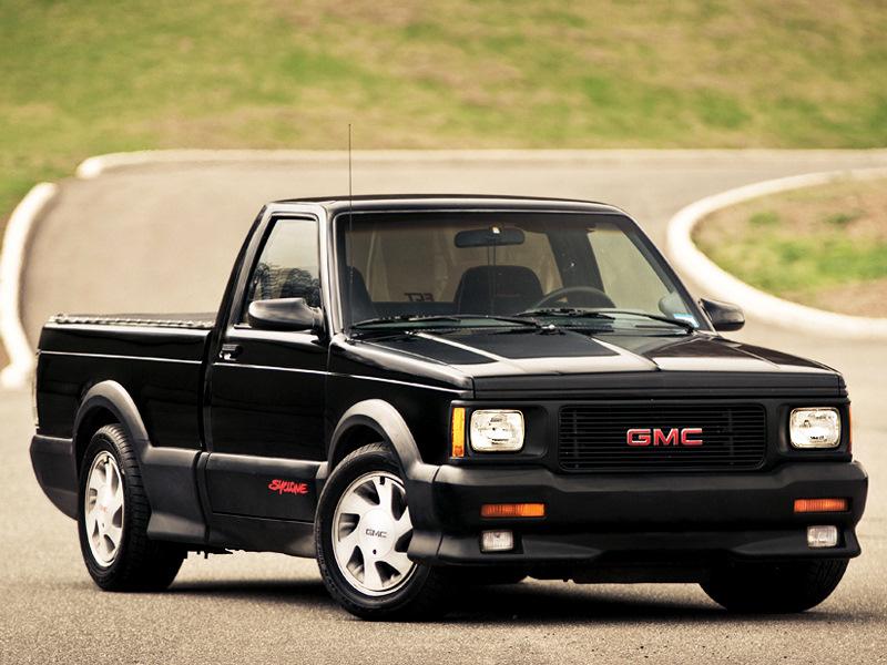GMC Syclone. Кстати, один такой есть на Драйве — причем в редчайшем исполнении Marlboro, которых было выпущено всего 10 штук