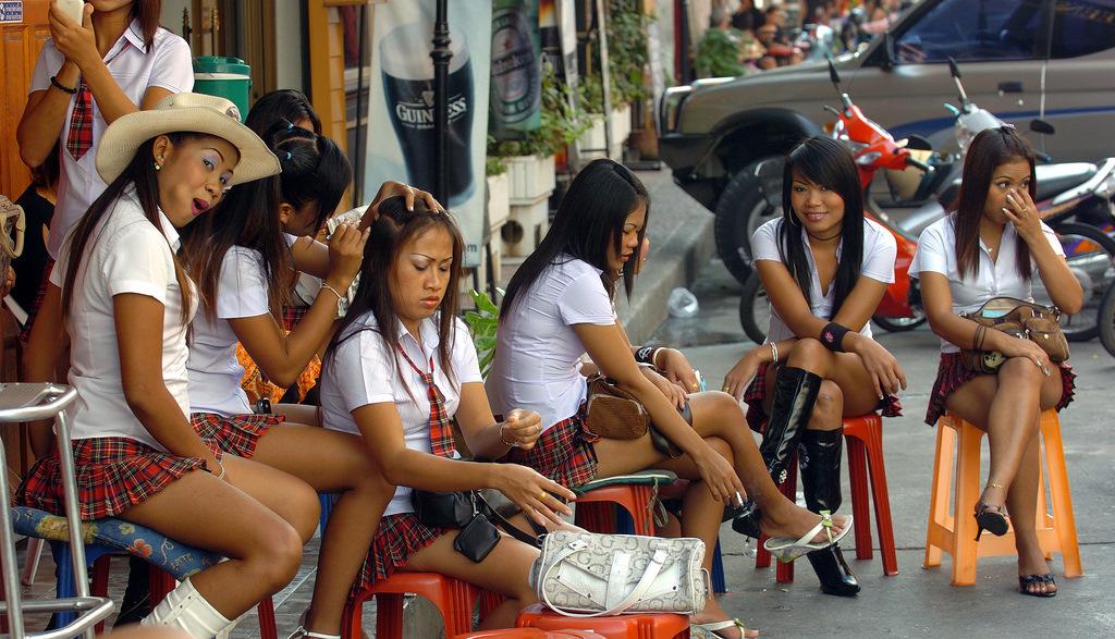 Проститутка тайланд смотреть аферистка проститутка