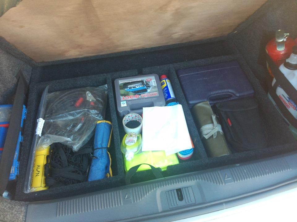 Фальшпол в багажник шкоды своими руками
