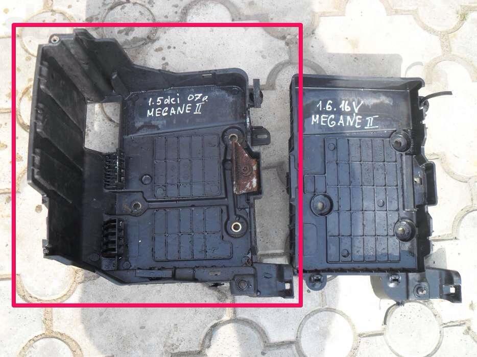 крышку на аккумулятор на renault megane2
