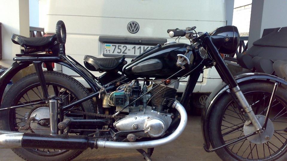 Мотоцикл иж 49 1957г привезенные с