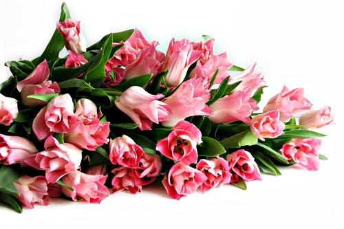 Подарки косметики на 8 марта