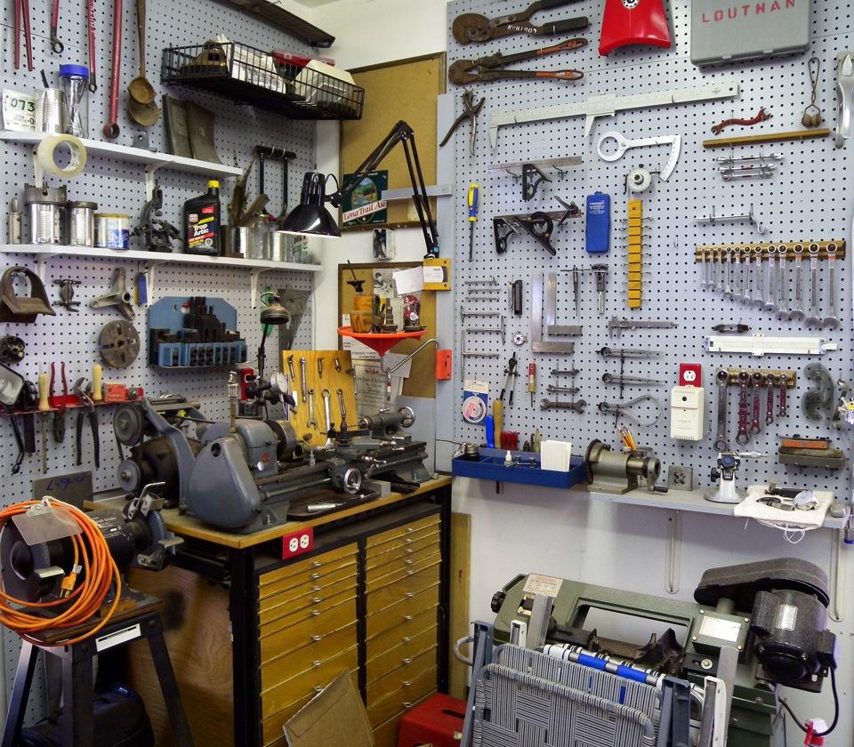 картинки рабочего в мастерской ведь