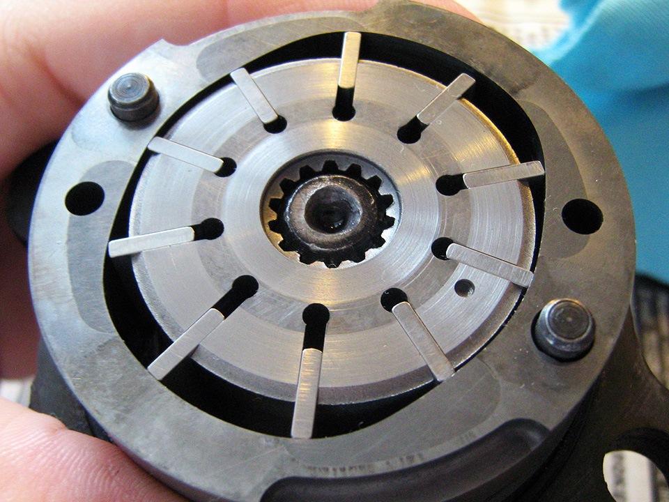 Ротор с раздвинутыми лопатками