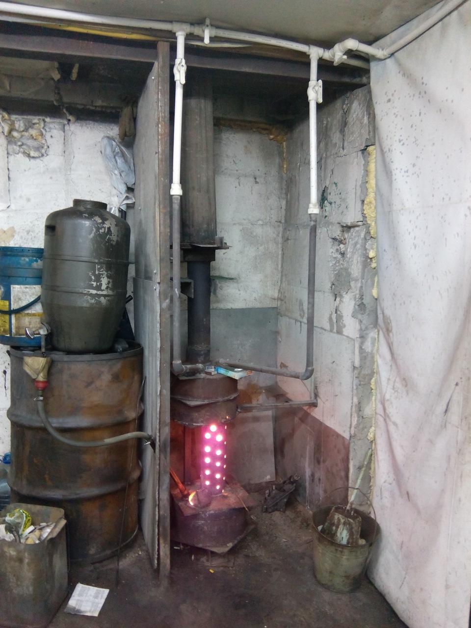 Печка на отработке с водяным контуФото Русская