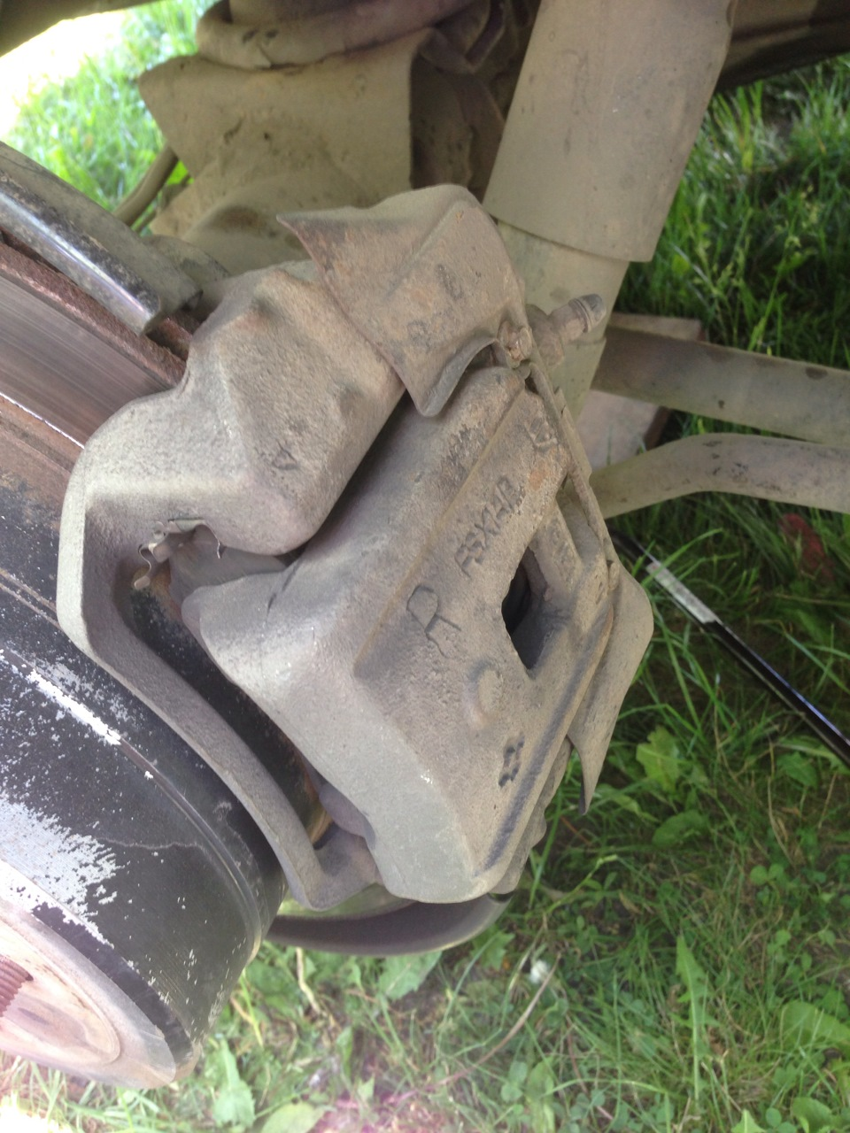Замена заднего тормозного цилиндра крузер 100 Покраска двери форд куга