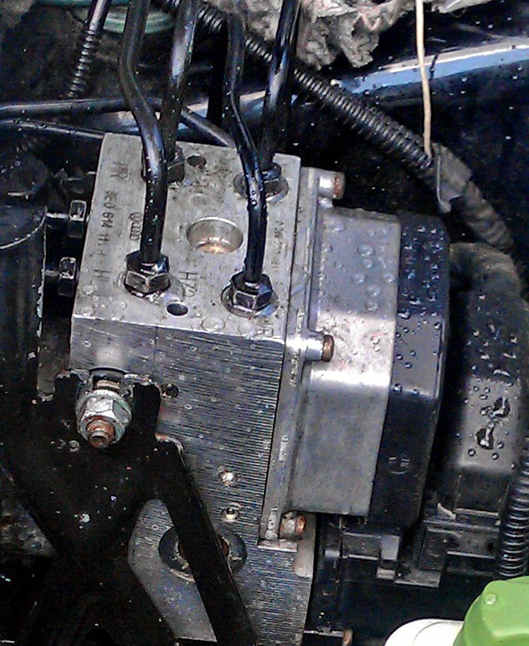 ... TDI V6 AFB › Бортжурнал › Замена блока АБС: https://www.drive2.ru/l/4062246863888670711