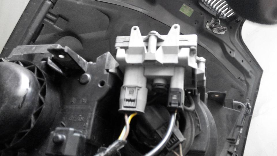 BMW e39 не горит одна фара