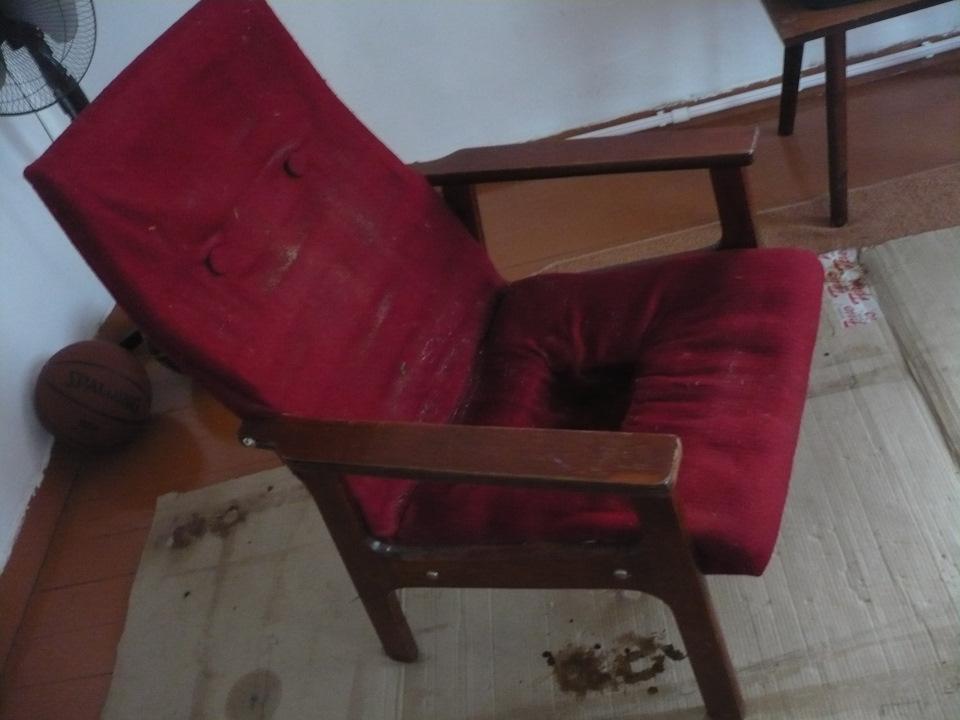 попы на креслах