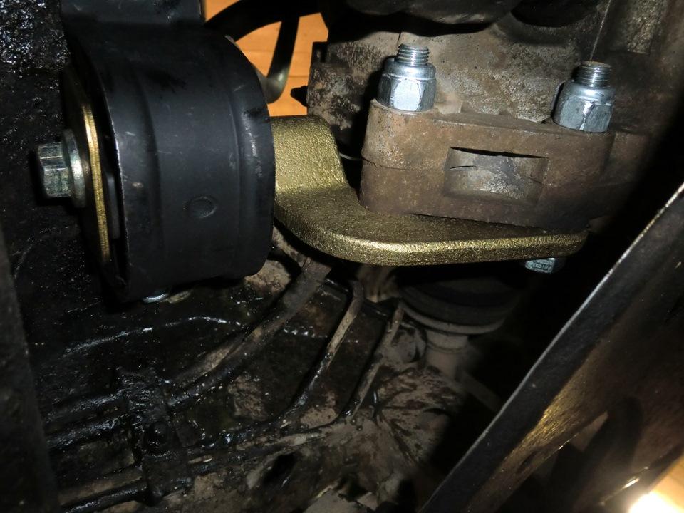 Фото №7 - замена подушки коробки передач ВАЗ 2110