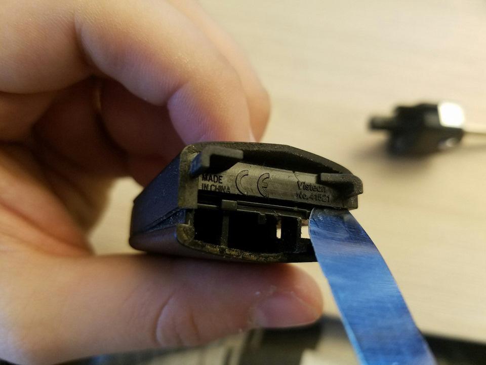 Как заменить батарейку в ключе мазда 3