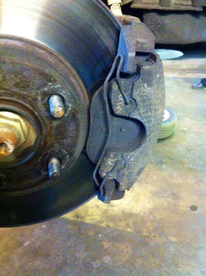 Замена задних тормозных колодок форд транзит