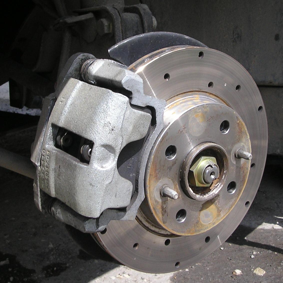 Фото №32 - замена передних тормозных дисков ВАЗ 2110