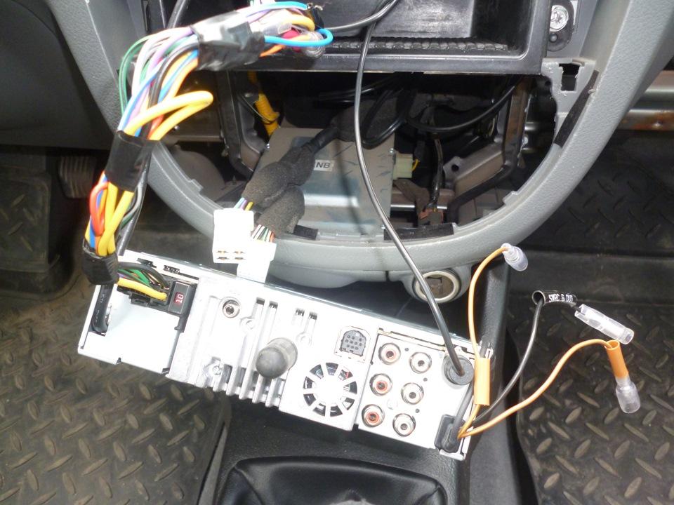 как сделать лучше звук магнитолы авто