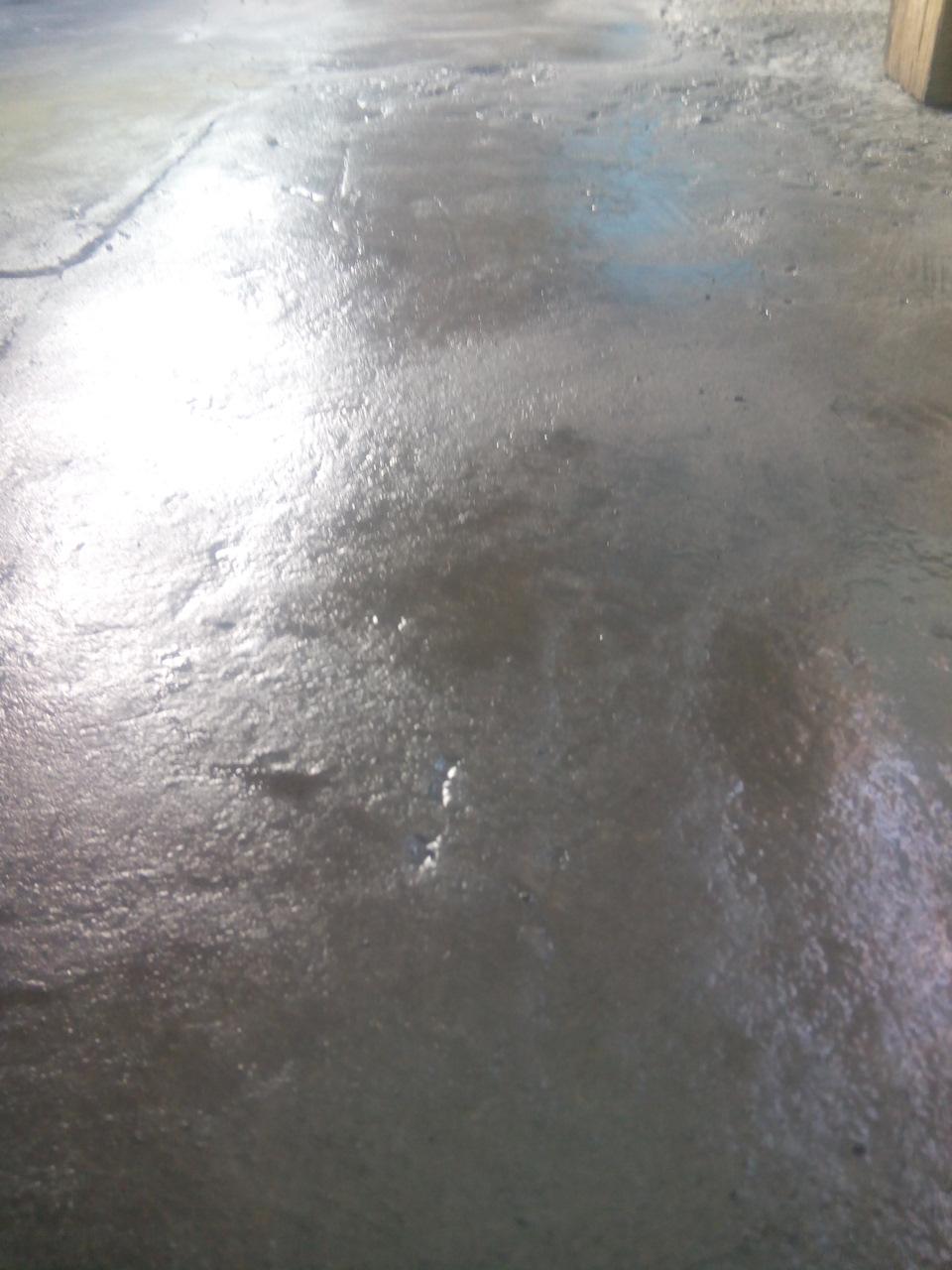 Чем покрасить жидкое стекло