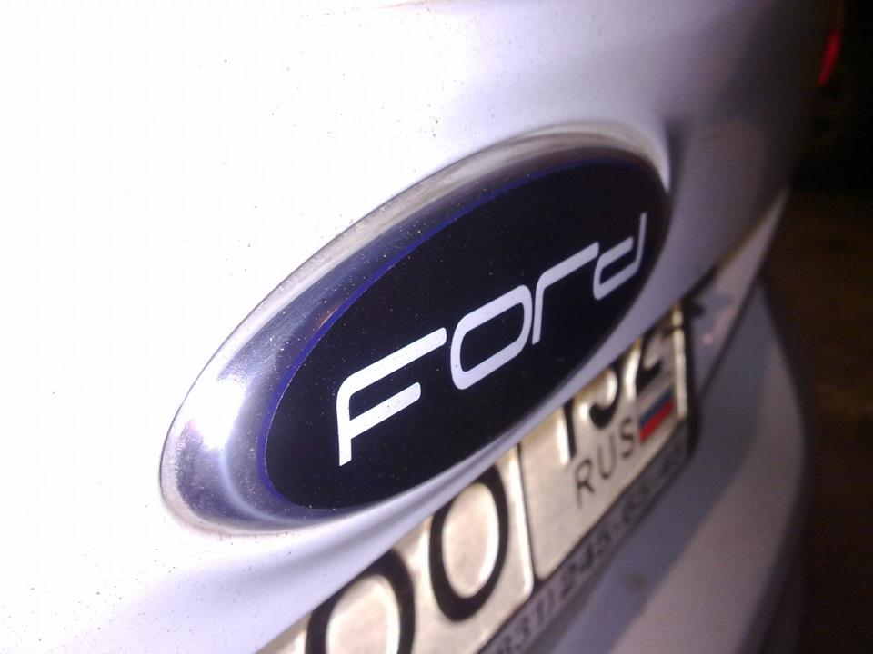 значок ford focus: