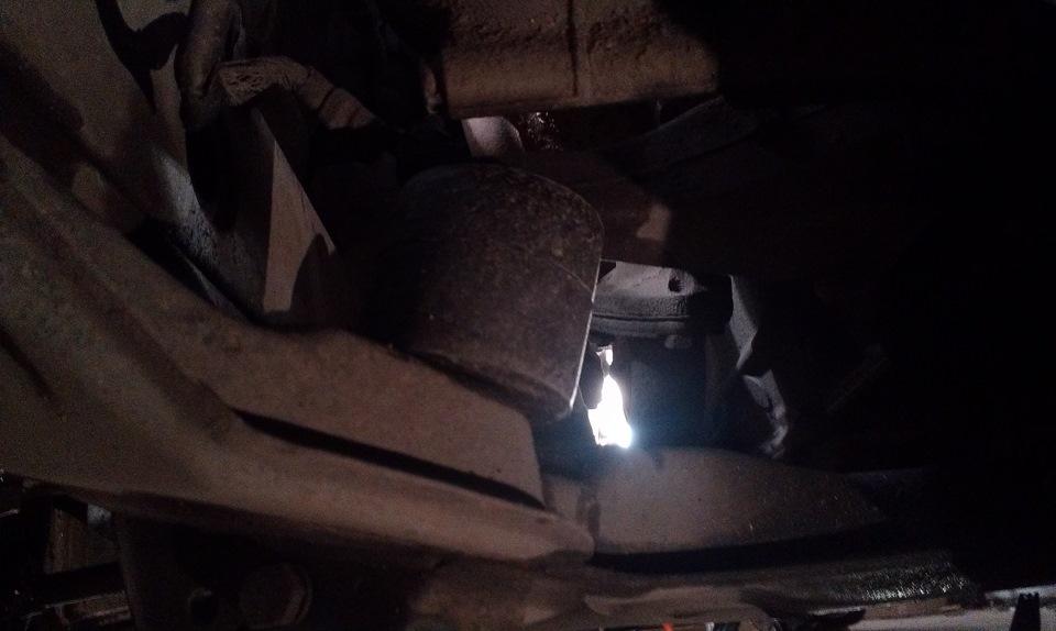 подушки коробки передач bmw e34 m50b25