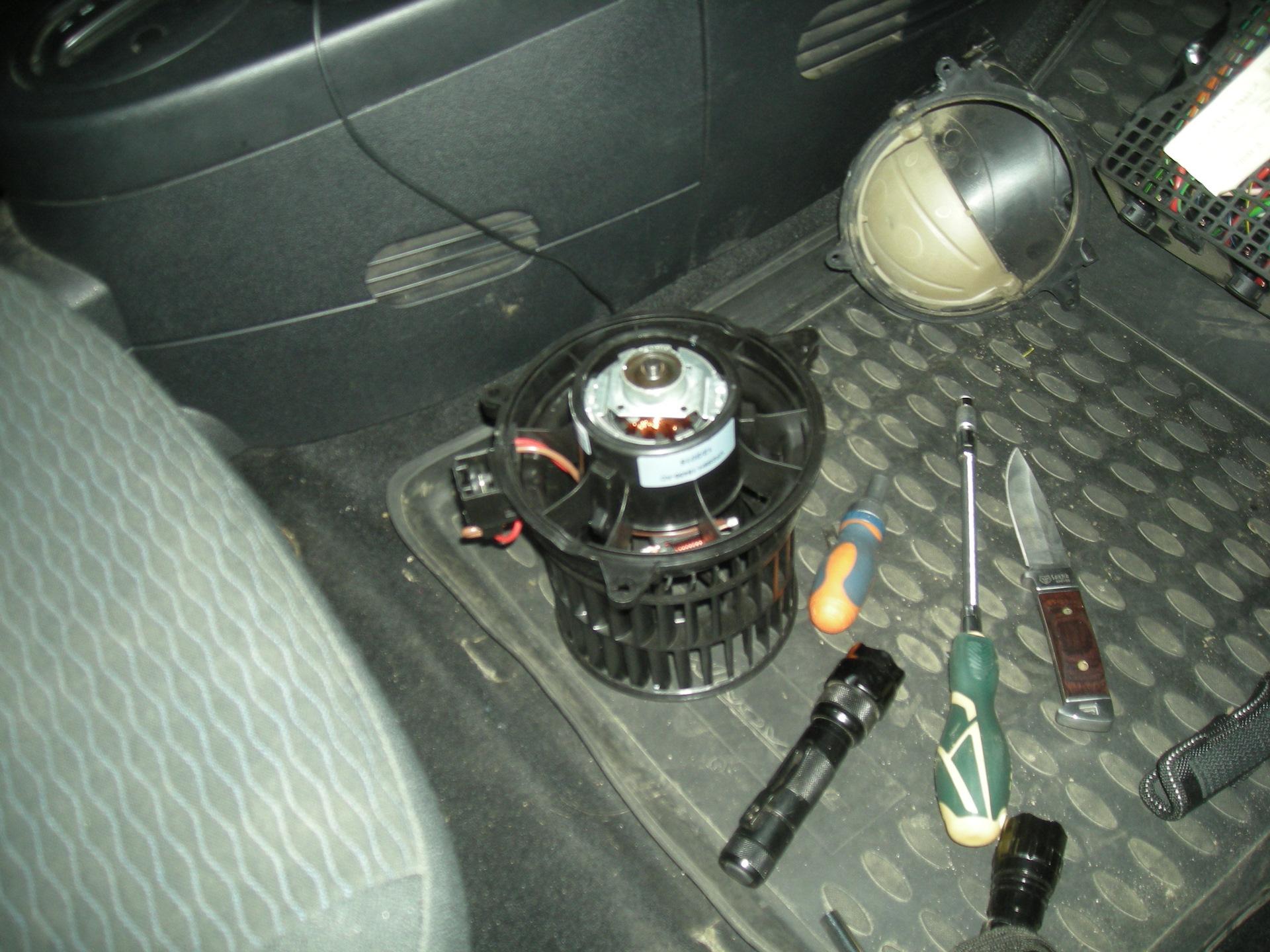 Замена рулевой машинки ауди q5