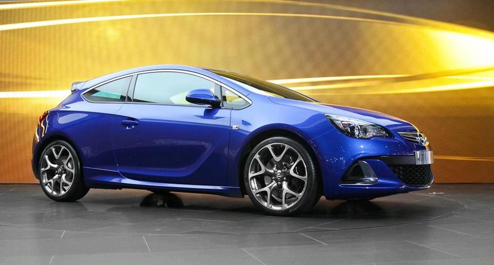 Opel Astra OPC: цена, технические характеристики, фото
