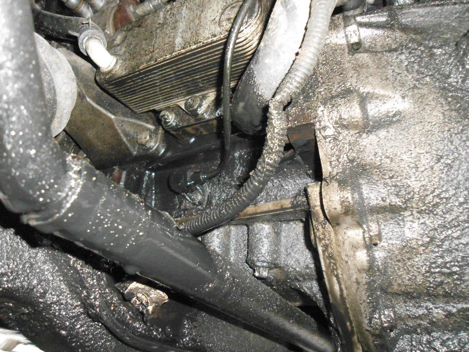 уровень масла в двигателе опель омега
