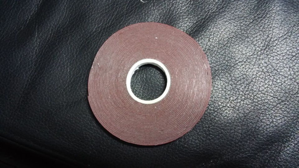 Узкий двухсторонний скотч 3 мм
