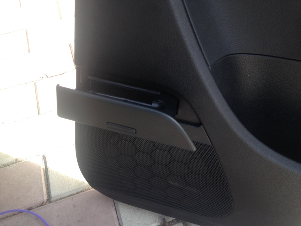 сломалась дверь на фольксвагене пассат б6