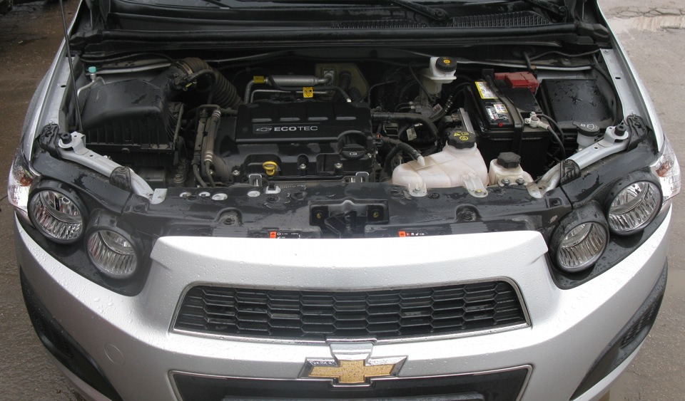 Фото двигателя шевроле авео