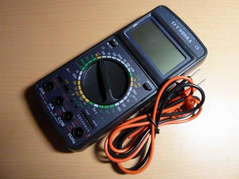 цифровой мультиметр DT9208A.