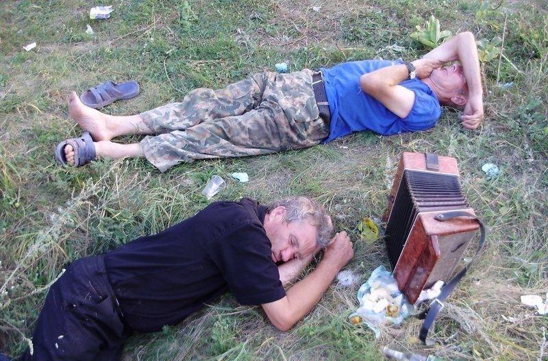 filmi-erotiku-pyanie-devushki-v-drova