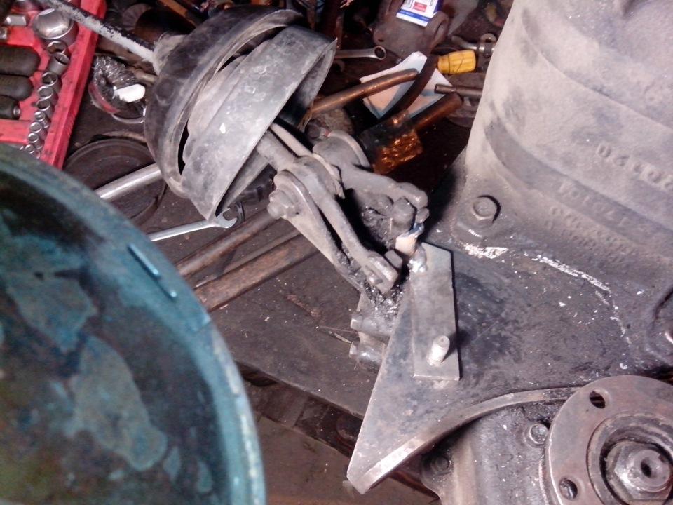 "Антивибивайка пониженной на раздатку уаз - logbook UAZ 3962 V8 4.25Л ""Кроха"" DRIVE2"