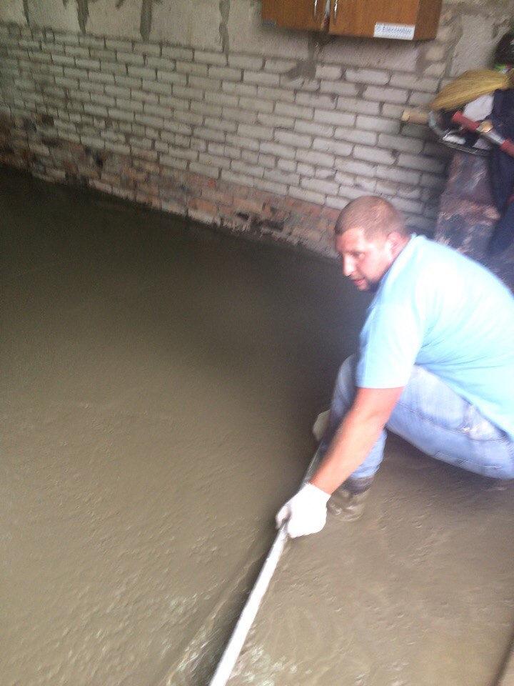 сколько стоит залить бетон в гараже