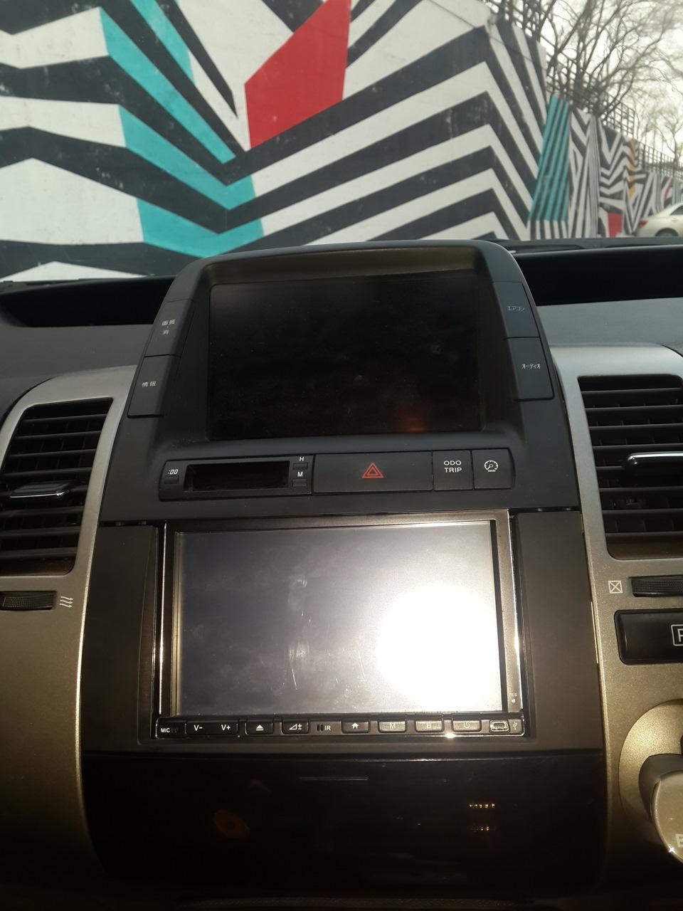 тюнинг салона Toyota Prius 20 #11