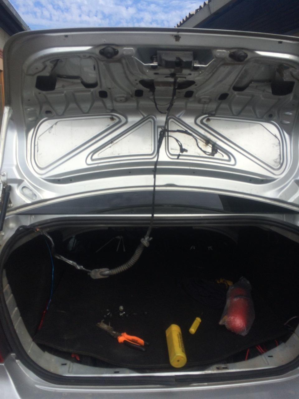 форд фокус седан багажник #10