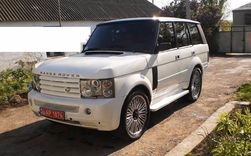 Настоящий аристократ!В Житомире переделали Range Rover 80-х