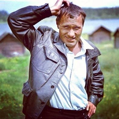 на этой неделе было День Рождения великого русского советского деятеля искусств Василия Шукшина!