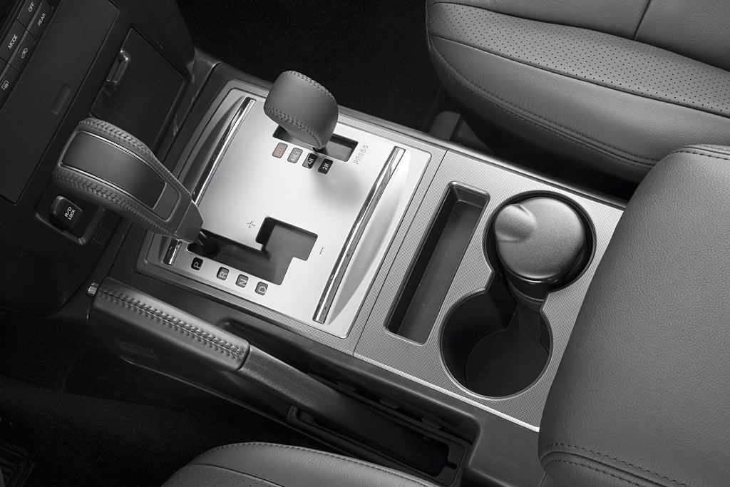 фото коробка передач митсубиси паджеро
