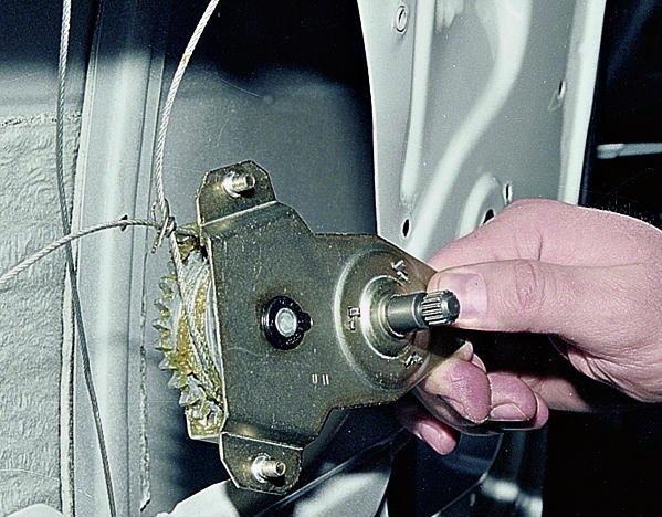 Замена lt b gt стеклоподъемника lt b gt двери lt b gt ваз 2107 lt b gt.