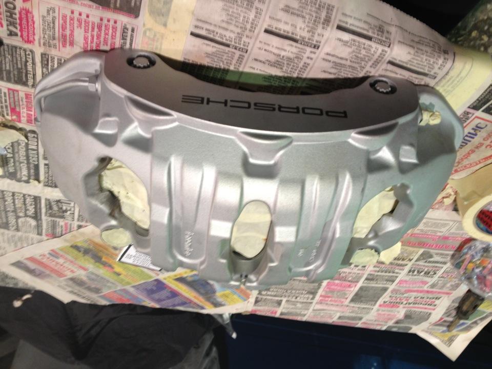 Цвет суппортов на серебристой машине