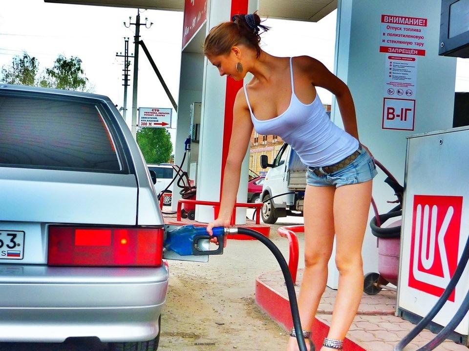 Тёлка отработала за бензин фото 623-699