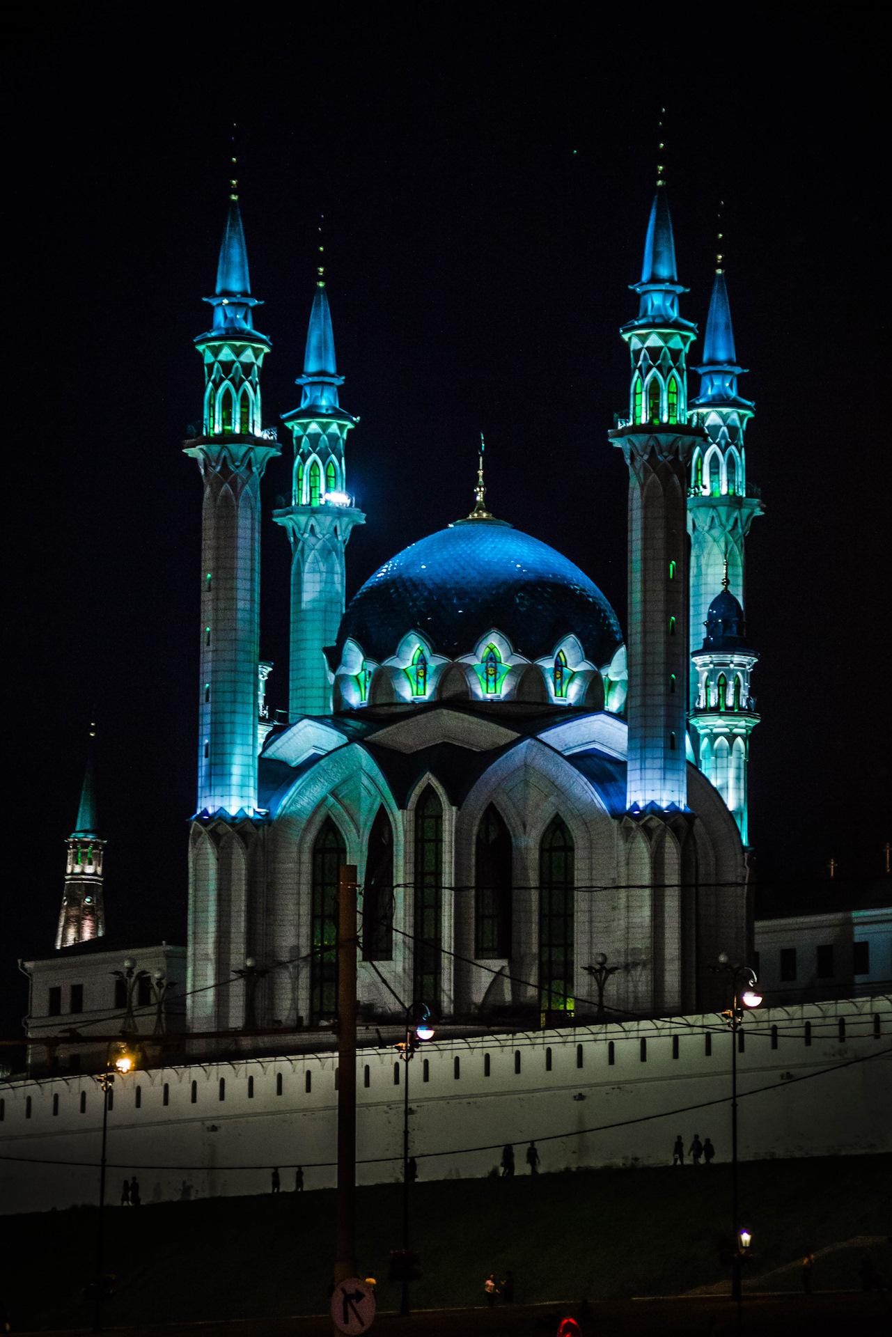категории кул шариф фото ночью наш