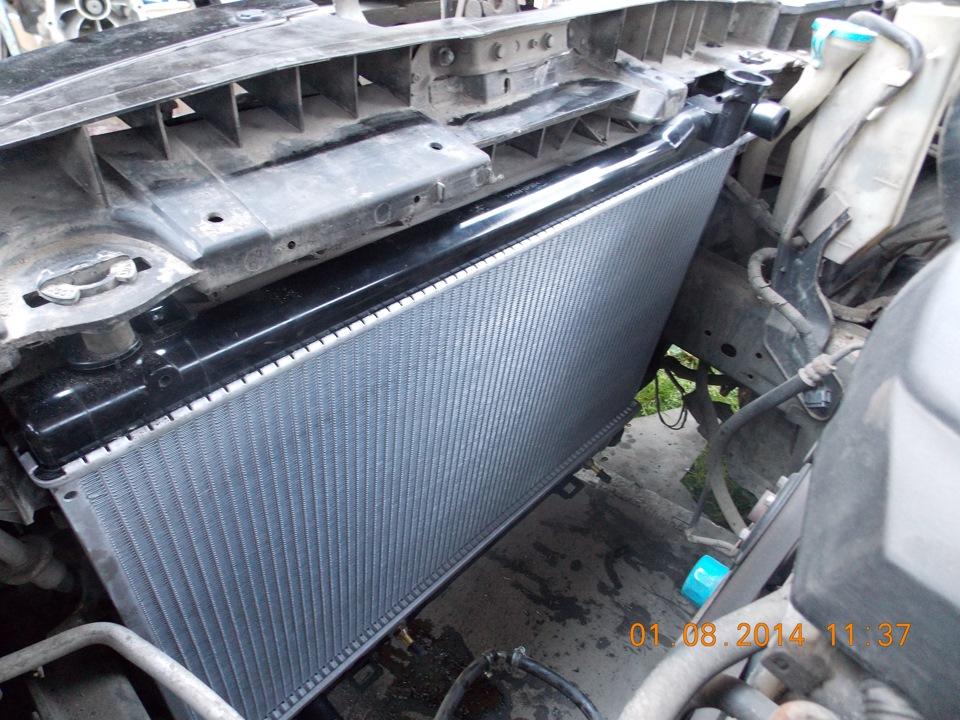 Замена радиатора fx35 Замена заднего амортизатора добло