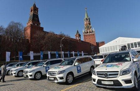 спортсменам россии подарили мерседесы