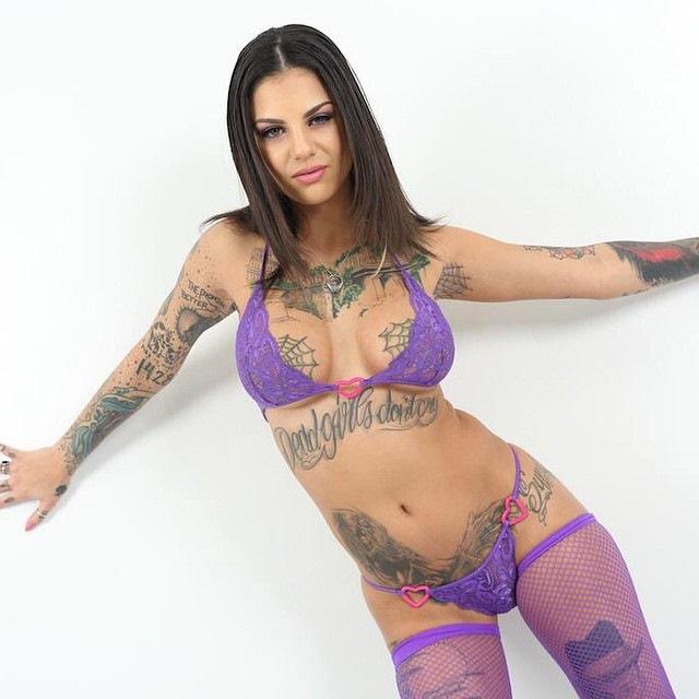 Порно актриса стату фото 40-445