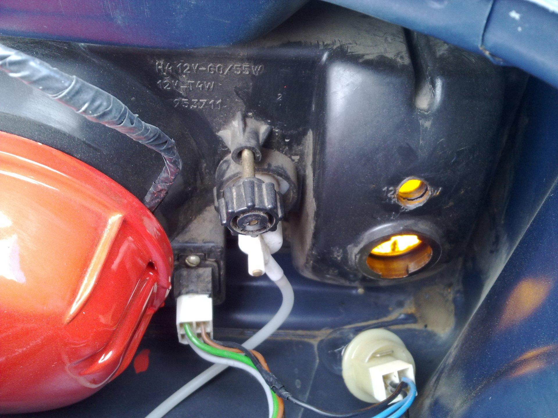 Как на ваз 2109 сделать горящие поворотники