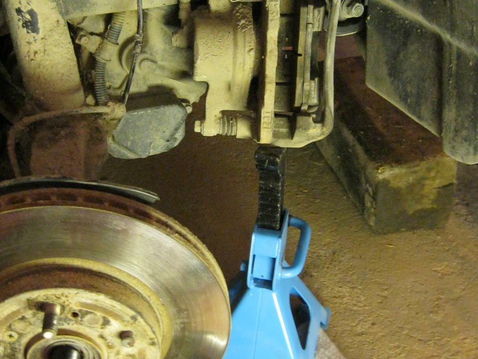 Замена подшипника в задней ступице хонда