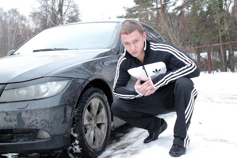 фото реальные парень возле машины ивен фильмы сериалы