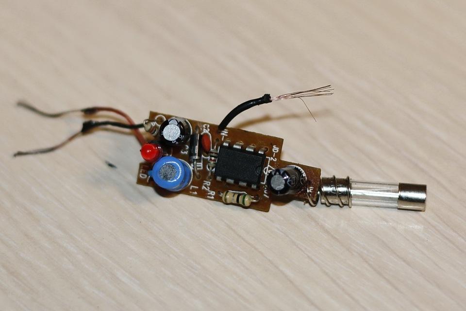 Зарядное устройство автомобильное для телефона своими руками