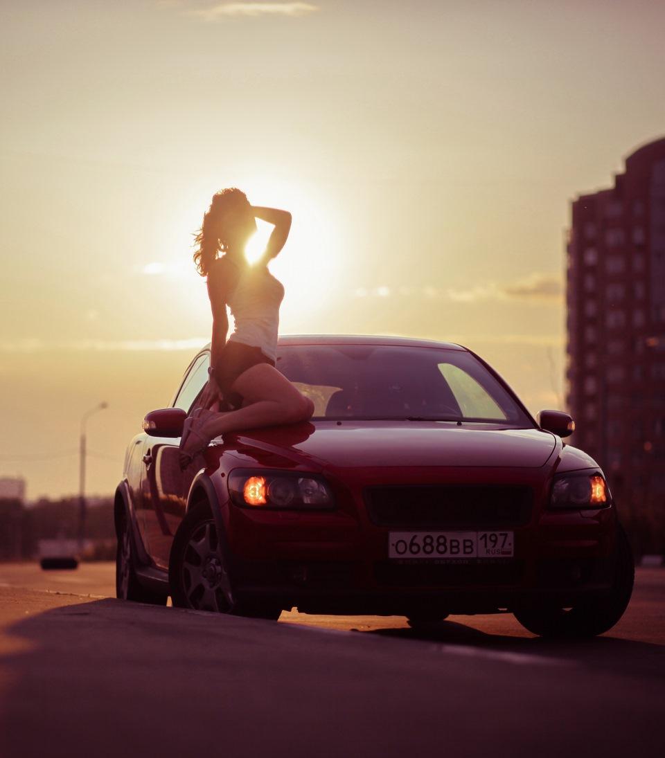 Картинки парни машины и девушки