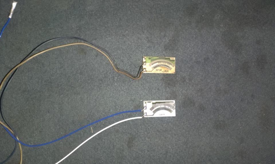 Контроллер эсуд использует сигнал от датчика уровня топлива для вычисления ожидаемого давления паров в топливной